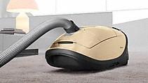 Odkurzacz podłogowy – wszechstronne możliwości wyposażenia. Dostępne w pełnej wielkości lub w lekkiej formie kompaktowej