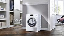 <b>Suszarka z pompą ciepła</b> dla szczególnie energooszczędnego suszenia; do instalacji potrzebne jest tylko jedno gniazdko