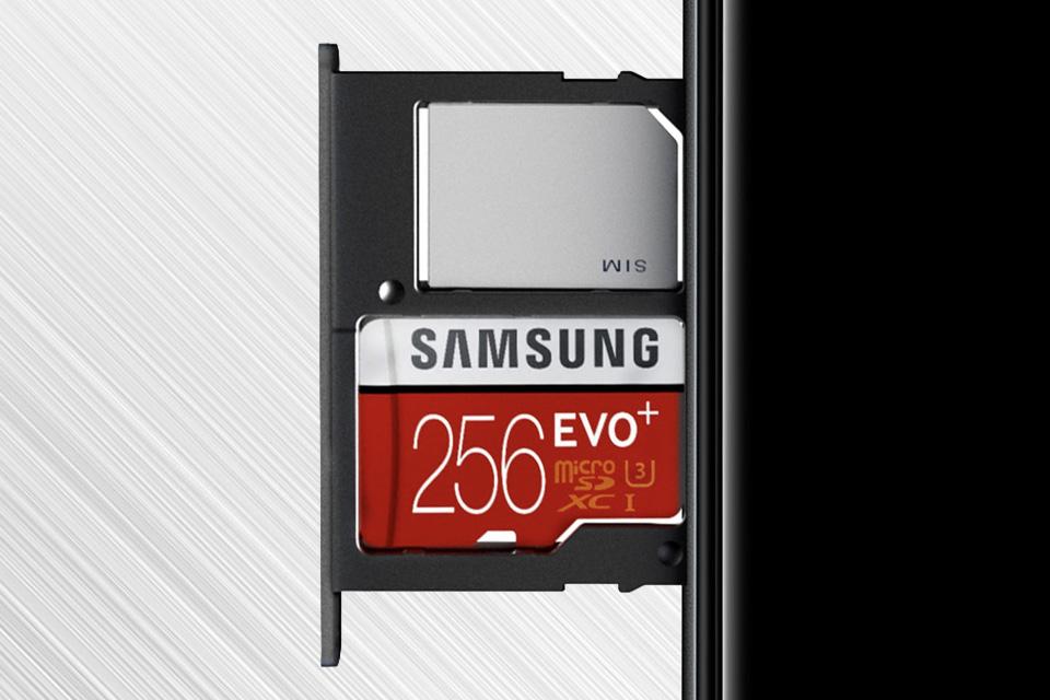 Samsung Pamięć z możliwością rozbudowy